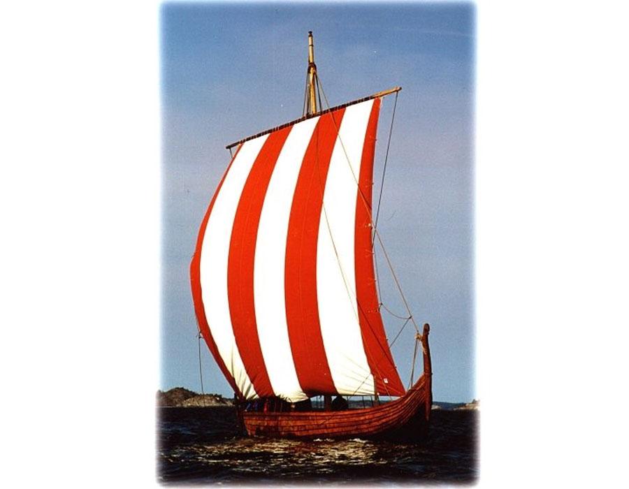 Skidbladner på väg till Vinland 2000, Gokstad